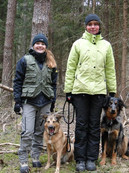 Steffi und Sabine mit Polly und Merlin